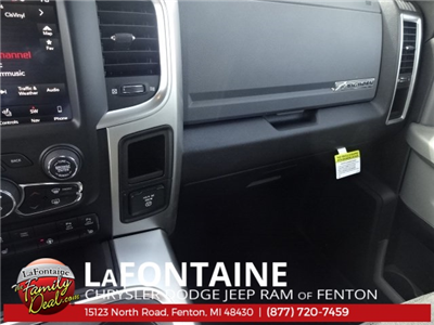 2018 Ram 1500 Crew Cab 4x4, Pickup #18U1200 - photo 29