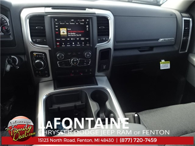 2018 Ram 1500 Crew Cab 4x4, Pickup #18U1200 - photo 30