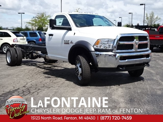 2018 Ram 5500 Regular Cab DRW 4x2,  Cab Chassis #18U1388 - photo 3