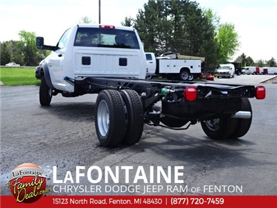 2018 Ram 5500 Regular Cab DRW 4x2,  Cab Chassis #18U1388 - photo 2