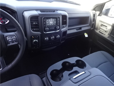 2018 Ram 1500 Crew Cab 4x4, Pickup #18U1540 - photo 29