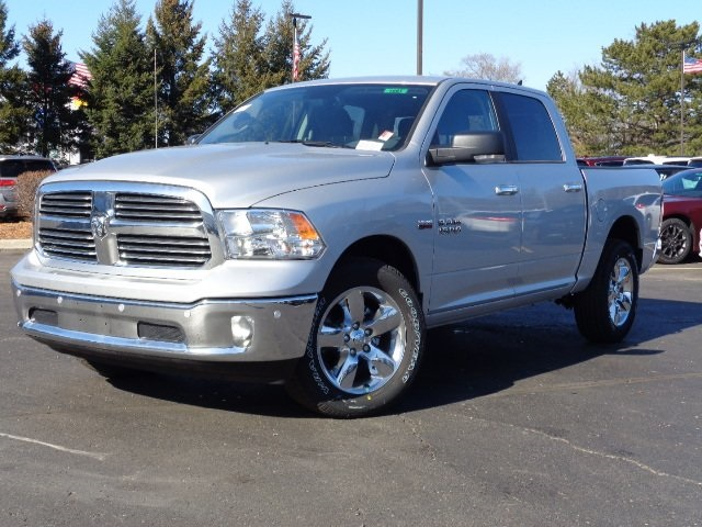 2018 Ram 1500 Crew Cab 4x4, Pickup #18U1561 - photo 1