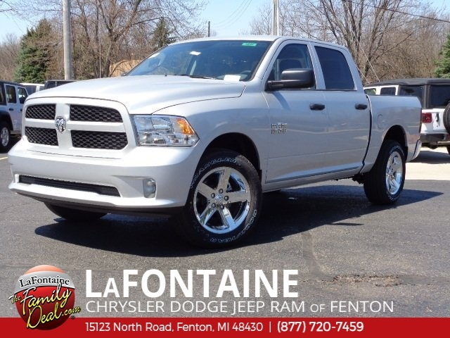 2018 Ram 1500 Crew Cab 4x4,  Pickup #18U1646 - photo 3