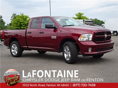 2018 Ram 1500 Quad Cab 4x4,  Pickup #18U1833 - photo 3