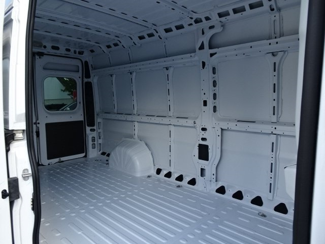 2018 ProMaster 3500 High Roof FWD,  Empty Cargo Van #18U2205 - photo 7