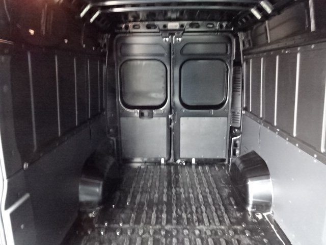2018 ProMaster 2500 High Roof FWD,  Empty Cargo Van #18U2277 - photo 7