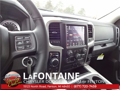 2018 Ram 1500 Crew Cab 4x4 Pickup #18U312 - photo 19