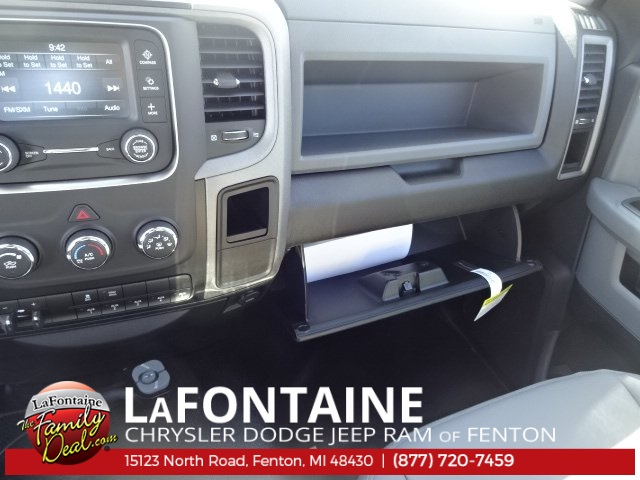 2018 Ram 2500 Regular Cab 4x4, Pickup #18U695 - photo 32