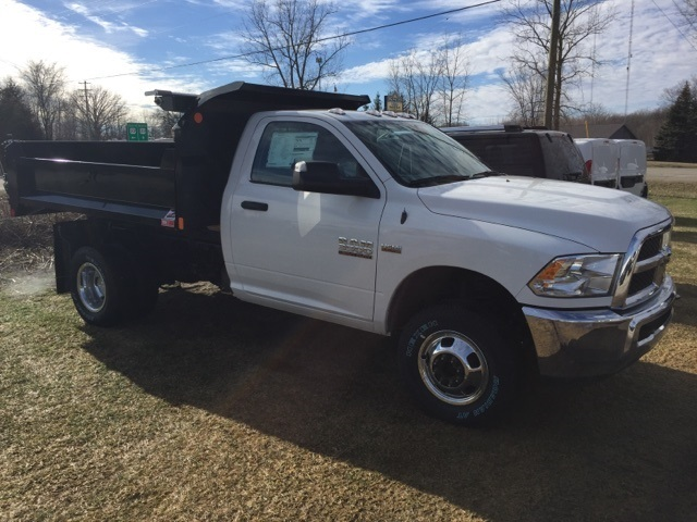 2018 Ram 3500 Regular Cab DRW 4x4,  Monroe Dump Body #18U787 - photo 3