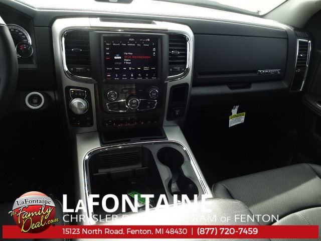 2018 Ram 1500 Crew Cab 4x4, Pickup #18U959 - photo 32
