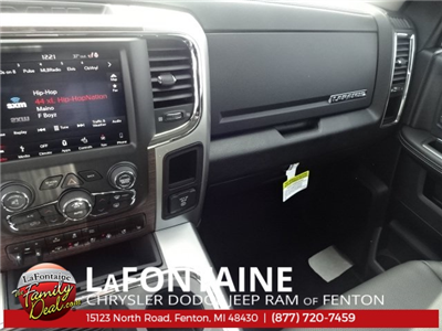 2018 Ram 1500 Crew Cab 4x4, Pickup #18U959 - photo 31