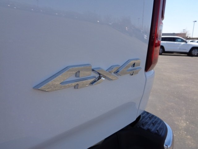 2019 Ram 1500 Crew Cab 4x4, Pickup #19U0106 - photo 53