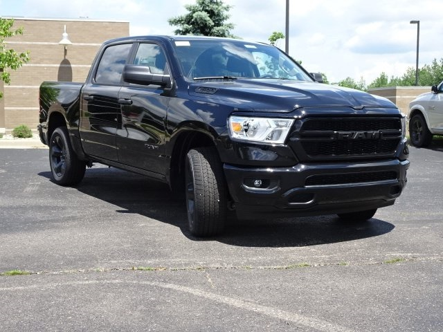 2019 Ram 1500 Crew Cab 4x4,  Pickup #19U0132 - photo 3