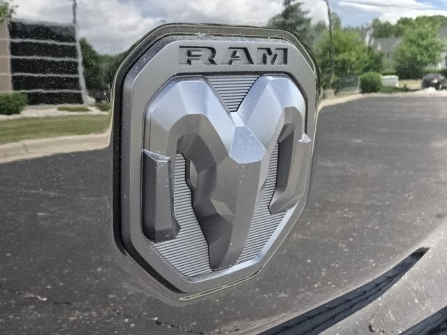 2019 Ram 1500 Crew Cab 4x4,  Pickup #19U0132 - photo 8