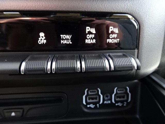 2019 Ram 1500 Crew Cab 4x4,  Pickup #19U0136 - photo 28
