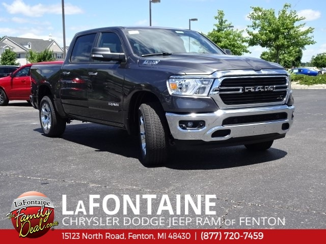 2019 Ram 1500 Crew Cab 4x4,  Pickup #19U0148 - photo 3