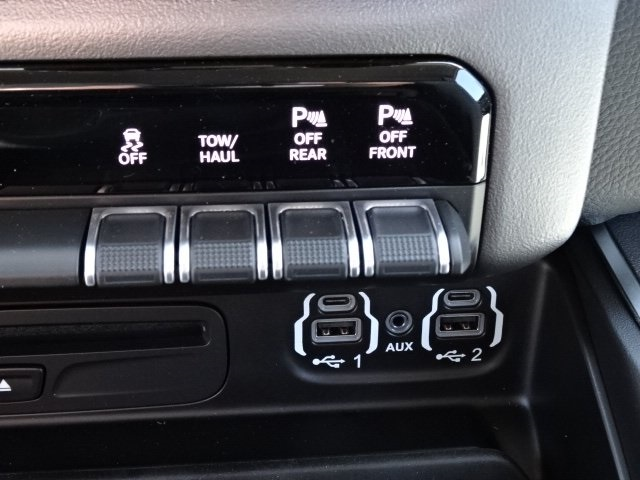 2019 Ram 1500 Crew Cab 4x4,  Pickup #19U0154 - photo 27