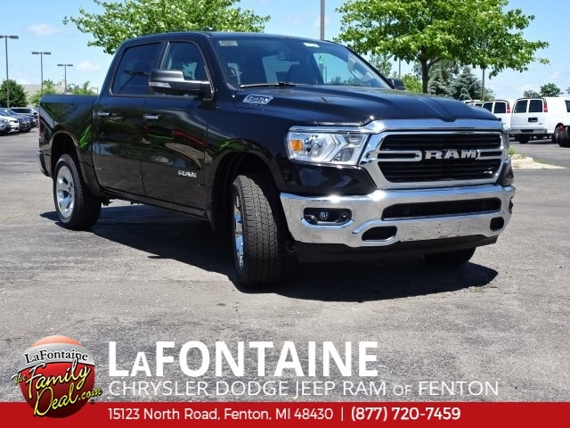 2019 Ram 1500 Crew Cab 4x4,  Pickup #19U0179 - photo 3