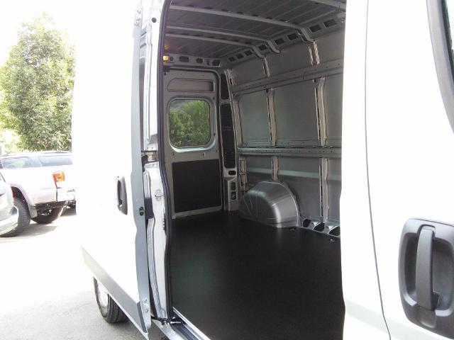 2018 ProMaster 2500 High Roof,  Empty Cargo Van #181085 - photo 9