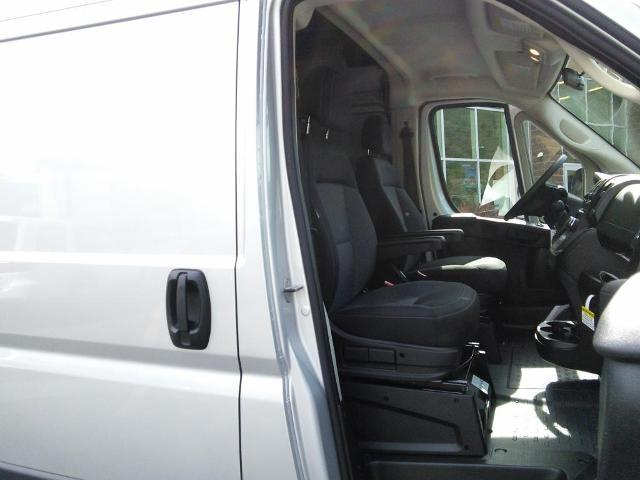 2018 ProMaster 2500 High Roof,  Empty Cargo Van #181085 - photo 13