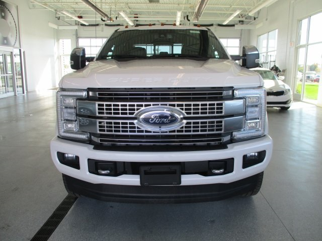 2017 F-350 Crew Cab 4x4 Pickup #17D1000 - photo 9