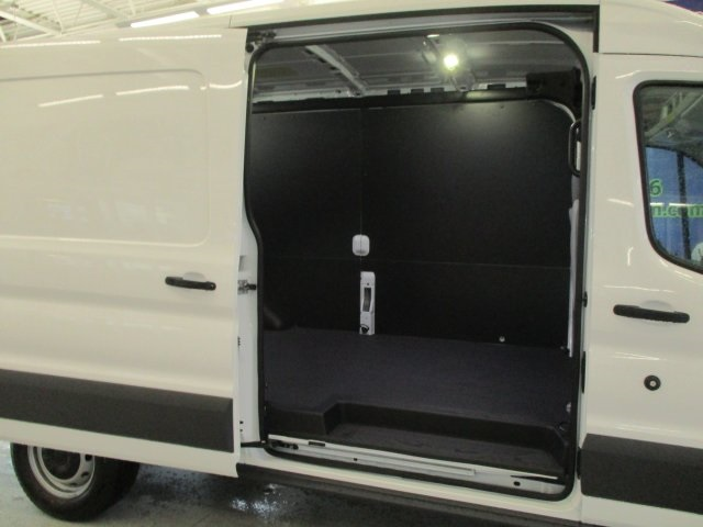2018 Transit 250 Cargo Van #18D030 - photo 29