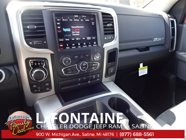 2018 Ram 1500 Crew Cab 4x4, Pickup #18S1517 - photo 6