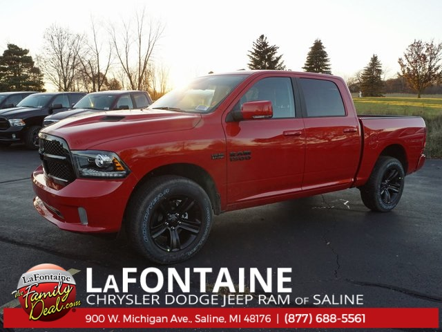 2018 Ram 1500 Crew Cab 4x4 Pickup #18S458 - photo 5
