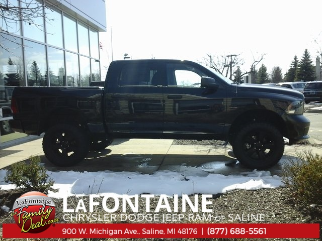 2018 Ram 1500 Crew Cab 4x4, Pickup #18S896 - photo 4