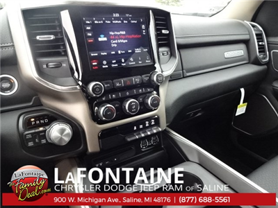 2019 Ram 1500 Crew Cab 4x4, Pickup #19S40 - photo 6
