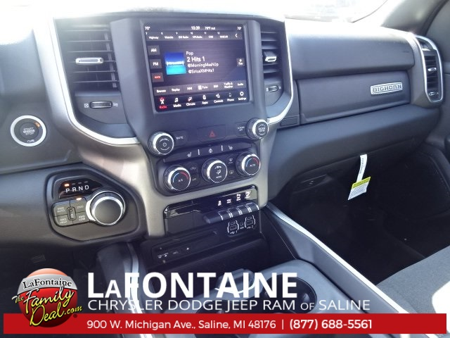 2019 Ram 1500 Crew Cab 4x4, Pickup #19S57 - photo 6