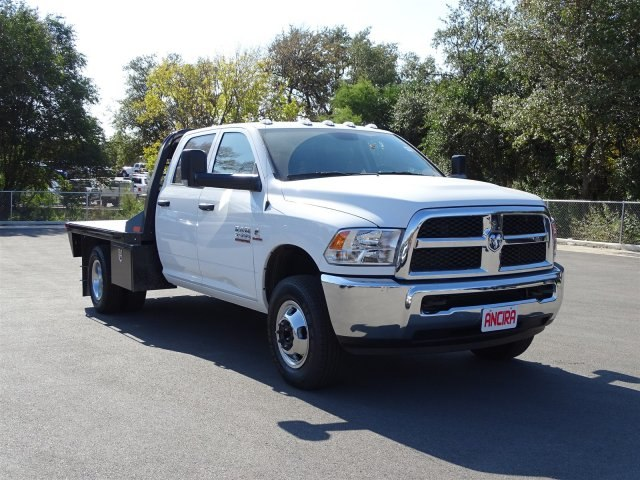 2018 Ram 3500 Crew Cab DRW 4x4 Platform Body #B100695 - photo 5