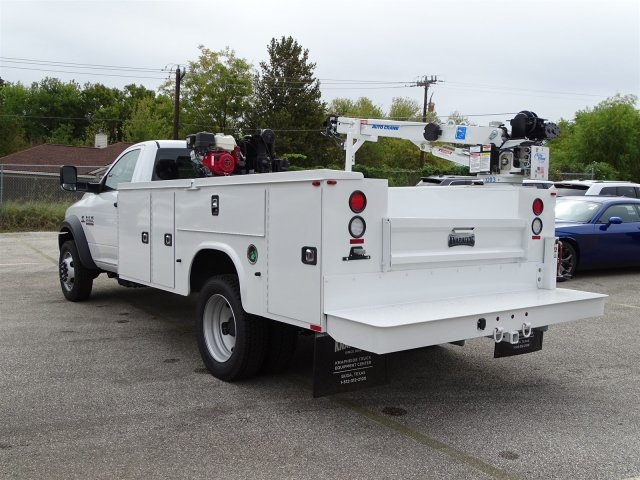 2018 Ram 5500 Regular Cab DRW Mechanics Body #B103127 - photo 2