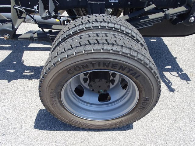 2016 Ram 5500 Regular Cab DRW 4x4, Cab Chassis #B157313 - photo 24