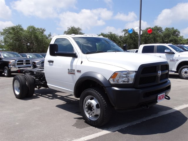 2016 Ram 4500 Regular Cab DRW 4x4 Cab Chassis #B162933 - photo 4