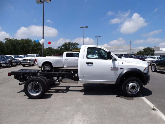 2016 Ram 4500 Regular Cab DRW 4x4 Cab Chassis #B162933 - photo 5