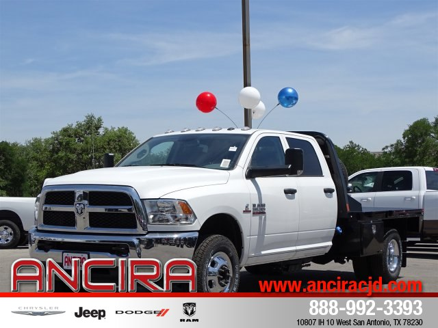 2018 Ram 3500 Crew Cab DRW 4x4,  Platform Body #B208800 - photo 2
