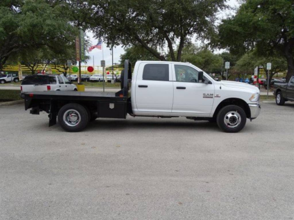 2018 Ram 3500 Crew Cab DRW 4x4,  CM Truck Beds RD Model Platform Body #B355717 - photo 3