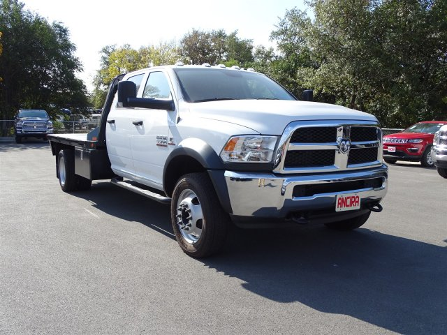 2017 Ram 5500 Crew Cab DRW 4x4 Platform Body #B504150 - photo 5