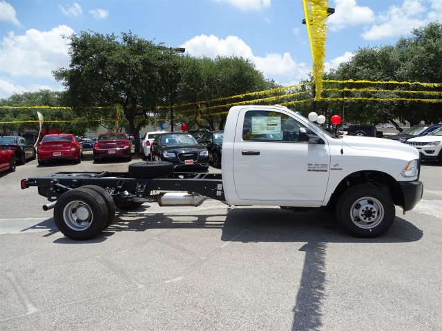 2017 Ram 3500 Regular Cab DRW, Cab Chassis #B662462 - photo 6