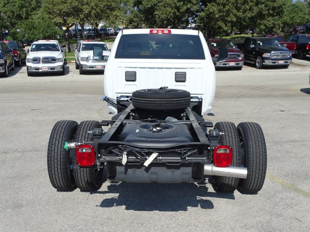 2017 Ram 3500 Regular Cab DRW 4x4 Cab Chassis #B692308 - photo 8