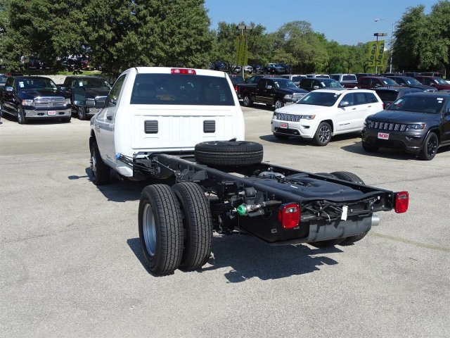 2017 Ram 3500 Regular Cab DRW 4x4 Cab Chassis #B692308 - photo 2