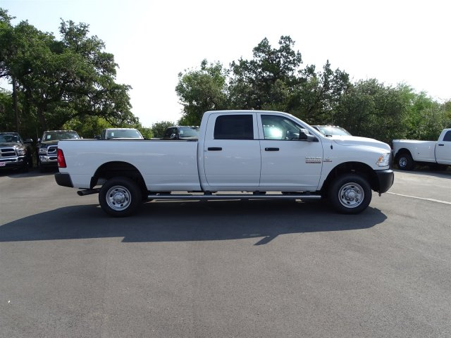 2017 Ram 2500 Crew Cab 4x4 Pickup #B693364 - photo 6