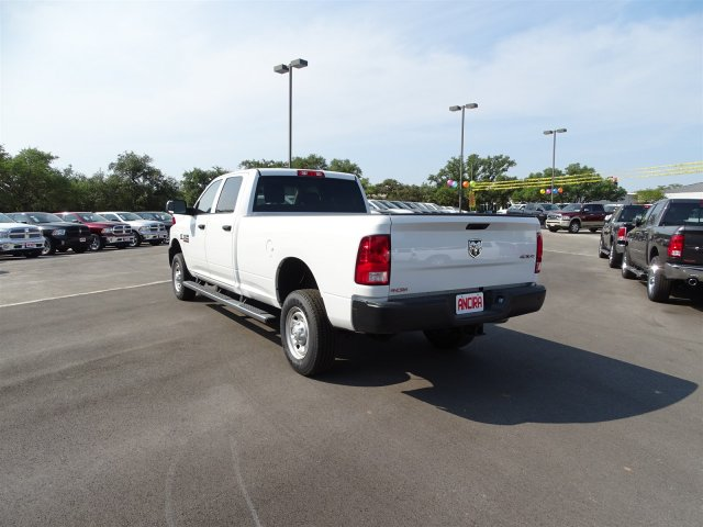 2017 Ram 2500 Crew Cab 4x4 Pickup #B693364 - photo 2