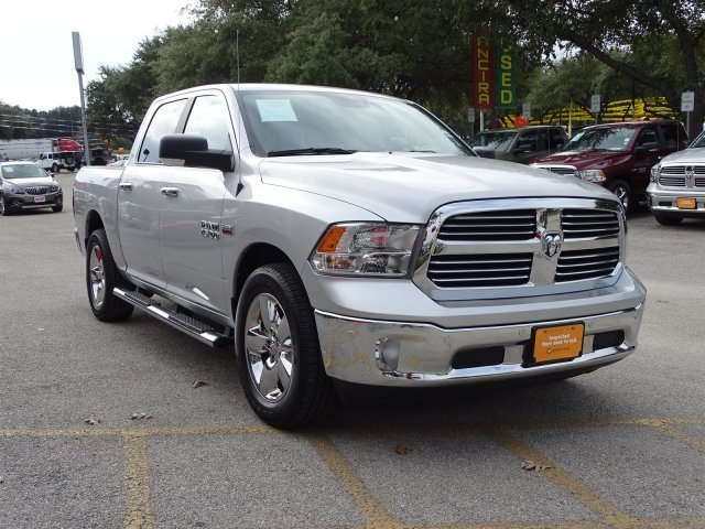 2017 Ram 1500 Crew Cab Pickup #B701492A - photo 6