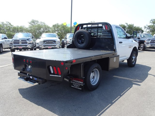 2017 Ram 3500 Regular Cab DRW 4x4 Platform Body #B758951 - photo 6