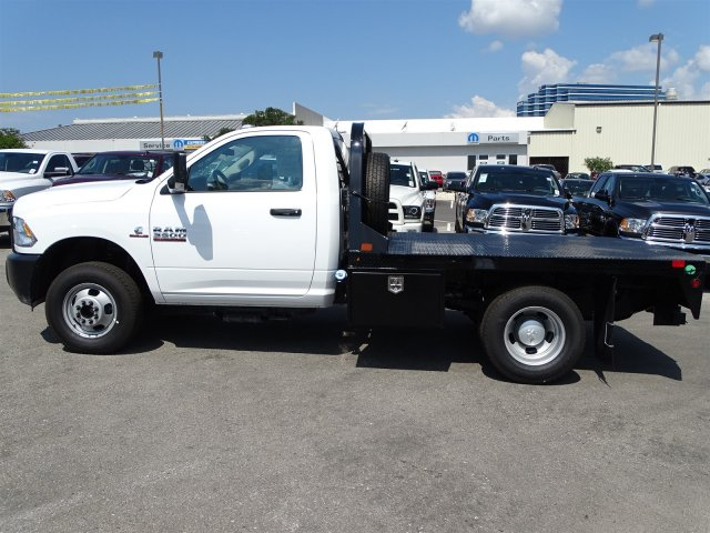 2017 Ram 3500 Regular Cab DRW 4x4 Platform Body #B758951 - photo 8