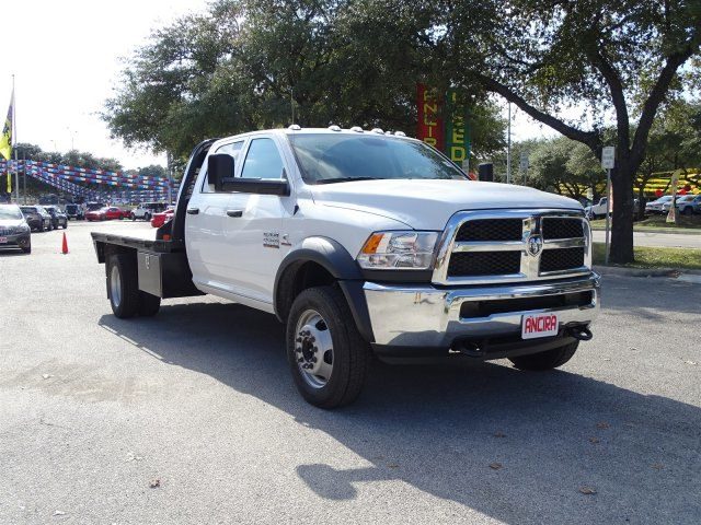 2017 Ram 5500 Crew Cab DRW 4x4 Platform Body #B773100 - photo 5