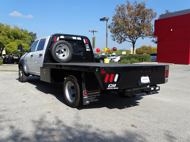 2017 Ram 5500 Crew Cab DRW 4x4 Platform Body #B773100 - photo 2