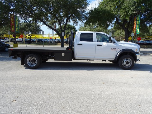 2017 Ram 5500 Crew Cab DRW 4x4 Platform Body #B773118 - photo 6